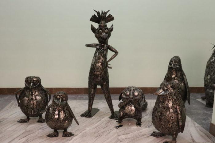 Galeria Figur Stalowych - atrakcje dla dzieci Warszawa - Rodzinny Kompas 7
