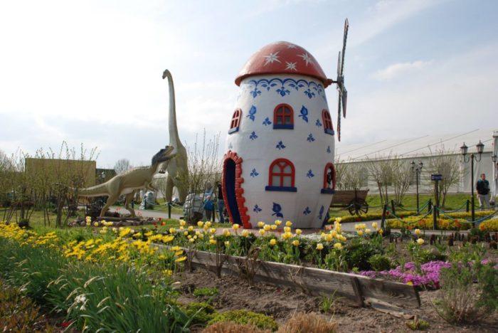 Dino Park Kołacinek_atrakcje dla dzieci_jednodniowa wycieczka z warszawy z dzieckiem_rodzinnykompas.pl