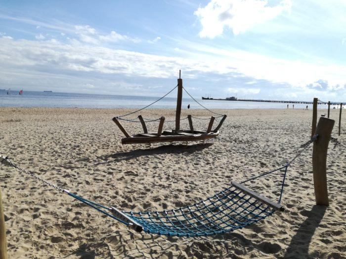 Plac zabaw na plaży Sopot - Atrakcje dla dzieci Sopot - Rodzinny Kompas