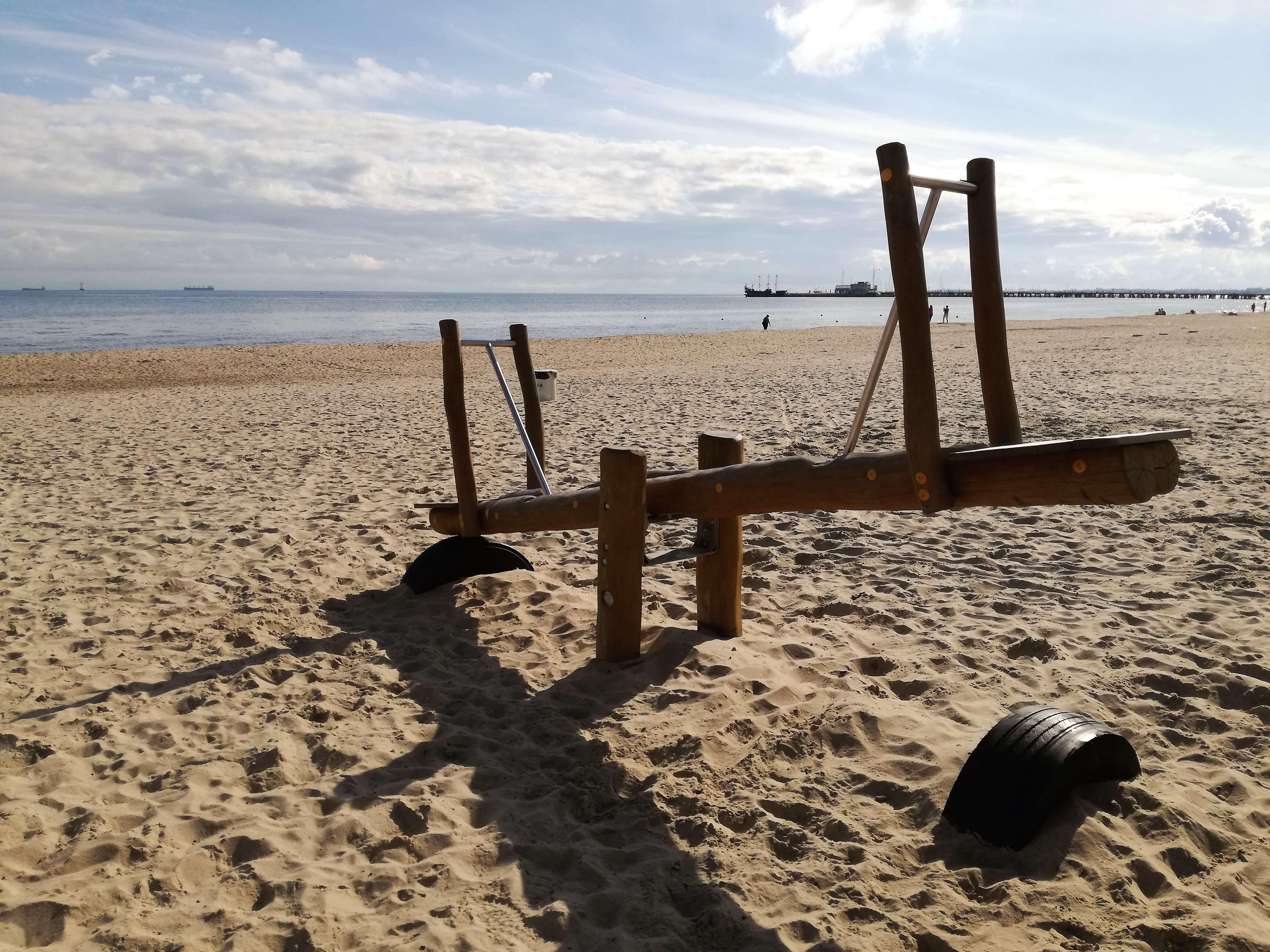 Plac zabaw na plaży Sopot 5_atrakcje dla dzieci Sopot - rodzinnykompas.pl