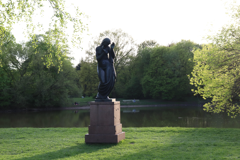 Park Skaryszewski 4 - miejsce na grilla w warszawie - plac zabaw Warszawa - atrakcje dla dzieci - rodzinnykompas.pl