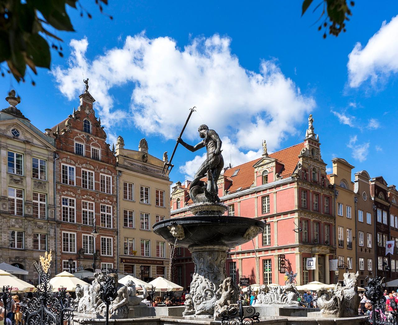 Pomnik Neptuna - Atrakcje dla dzieci Gdańsk - Rodzinny Kompas