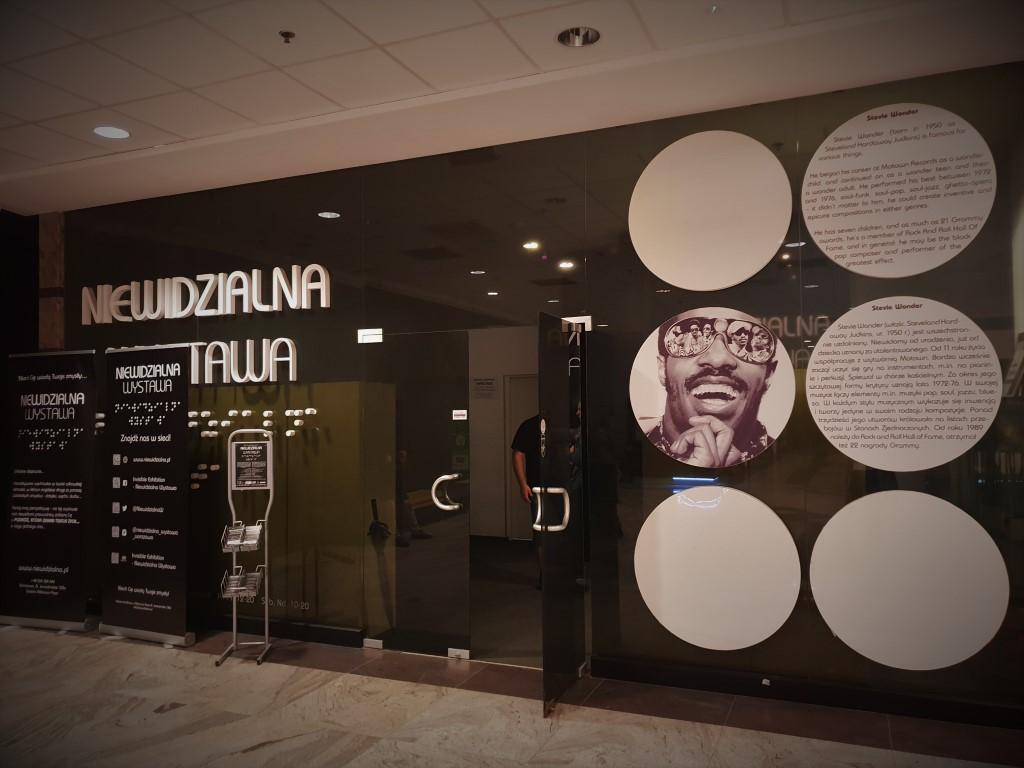 Niewidzialna wystawa - atrakcje dla dzieci Warszawa - Rodzinny Kompas 6