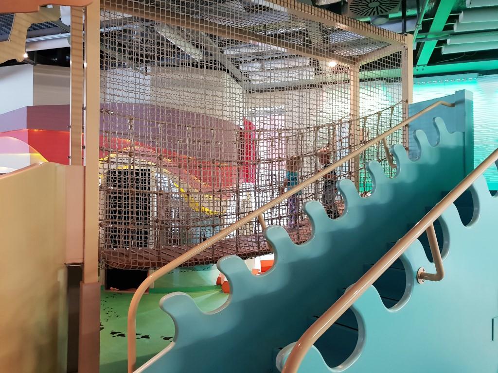 Galeria Bzzz - atrakcje dla dzieci Warszawa - Centrum Nauki Kopernik - Rodzinny Kompas 9