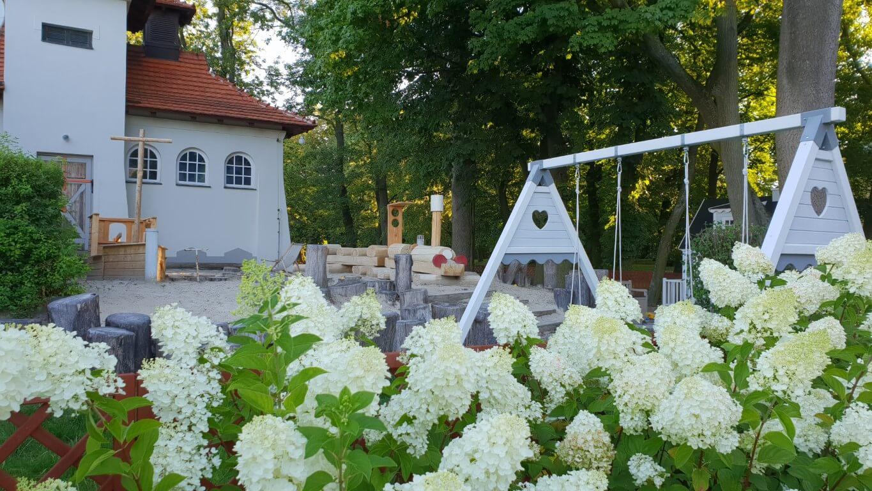 Pałac Mała Wieś - atrakcje dla dzieci okolice Warszawy - atrakcje dla dzieci Mazowieckie - Rodzinny Kompas 15