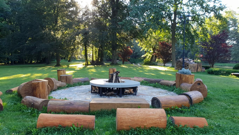 Pałac Mała Wieś - atrakcje dla dzieci okolice Warszawy - atrakcje dla dzieci Mazowieckie - Rodzinny Kompas 6