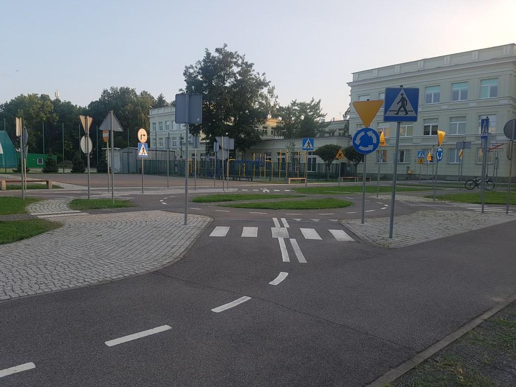 Miasteczko Ruchu Drogowego Ursus - atrakcje dla dzieci Warszawa - Rodzinny Kompas 3