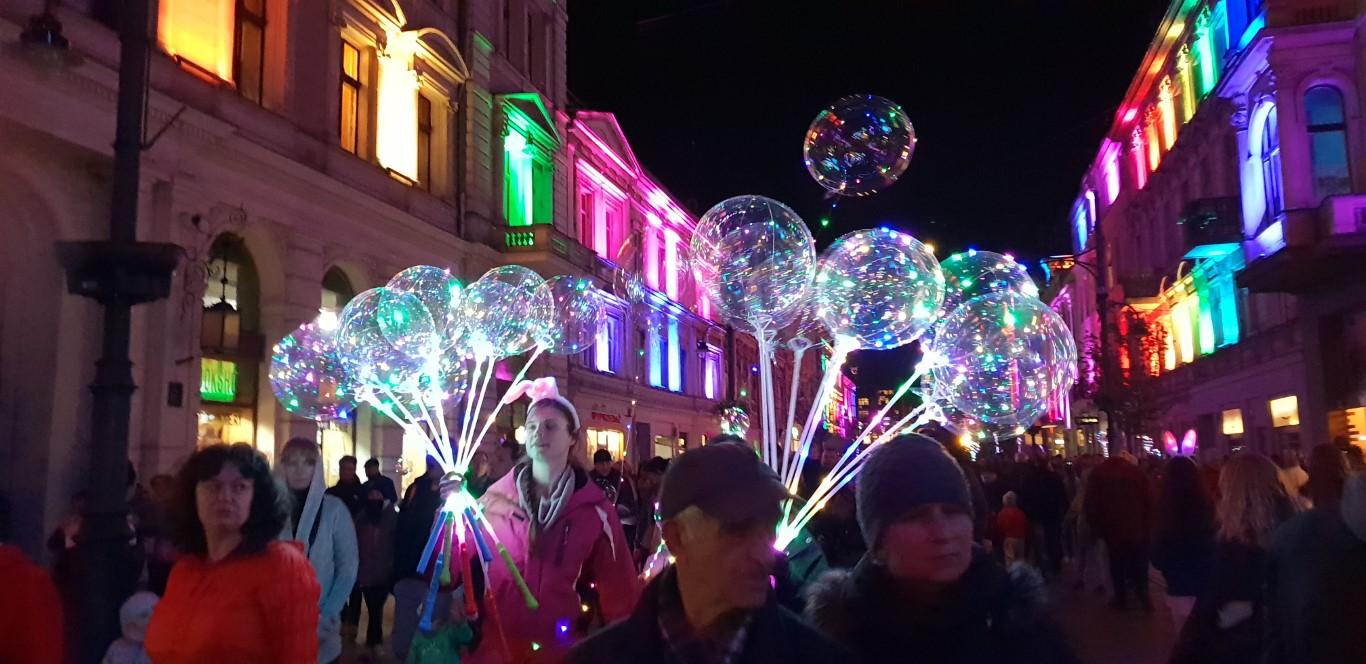 Festiwal Światła Łódź - Light Move Festival - atrakcje dla dzieci Łódź - Rodzinny Kompas 7