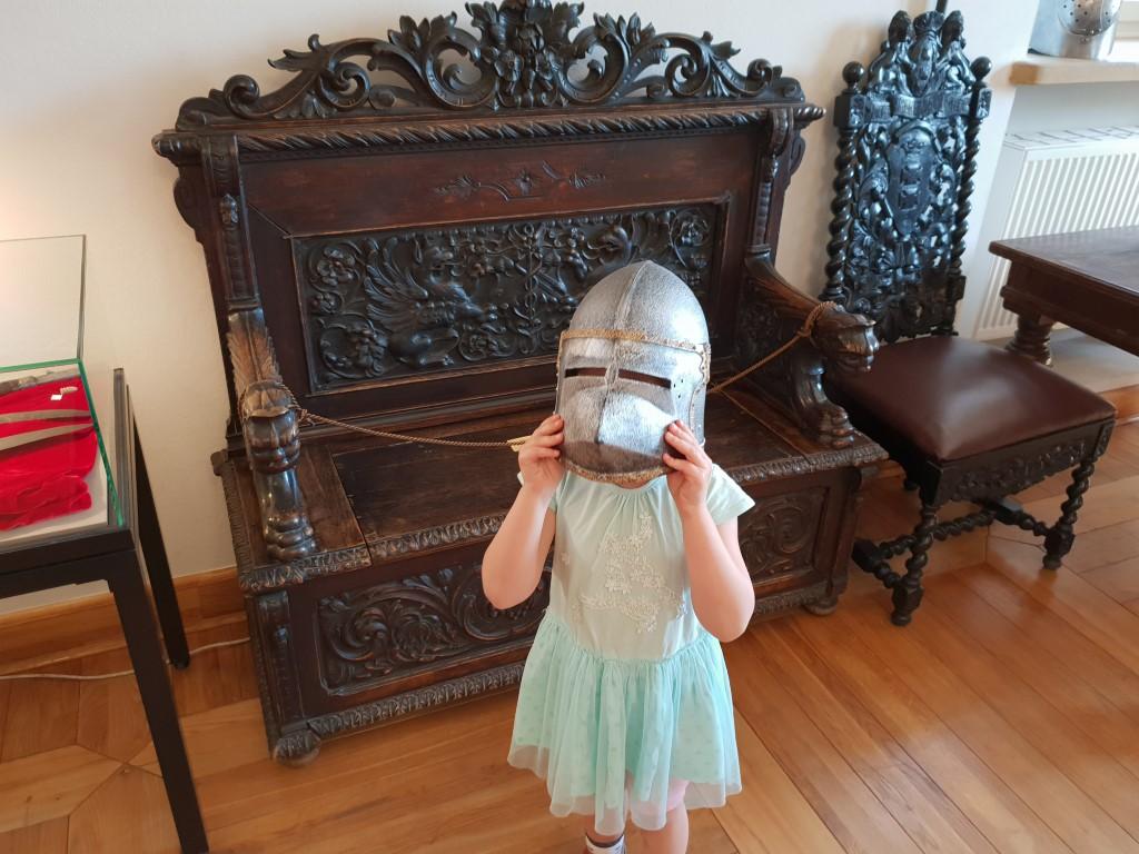 Zamek LIw - atrakcje dla dzieci - Rodzinny Kompas 10