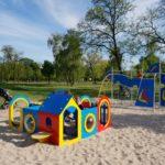 Plac zabaw Poznań - Prak Tysiąclecia - atrakcje dla dzieci Poznań - Rodzinny Kompas 4