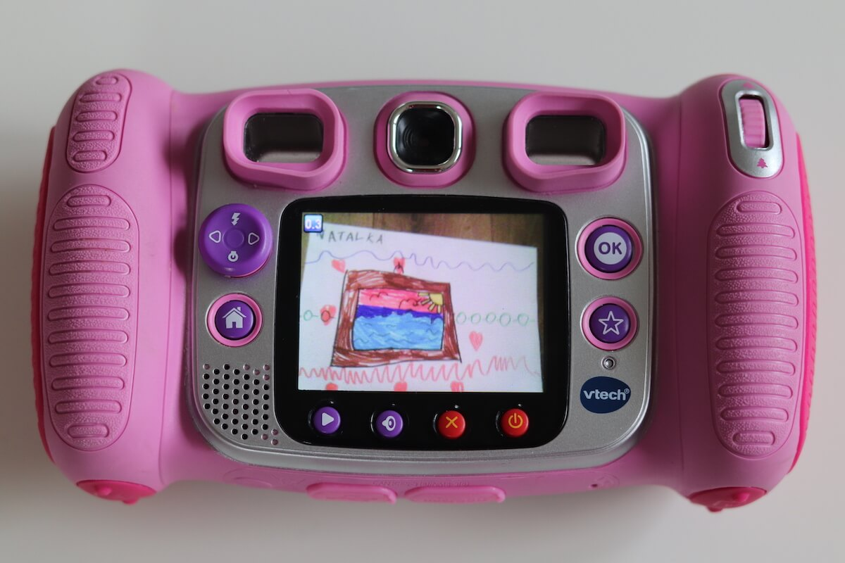 POmysł-na-prezent-dla-przedszkolaka-aparat-fotograficzny-dla-dziecka-Rodzinny-Kompas-5