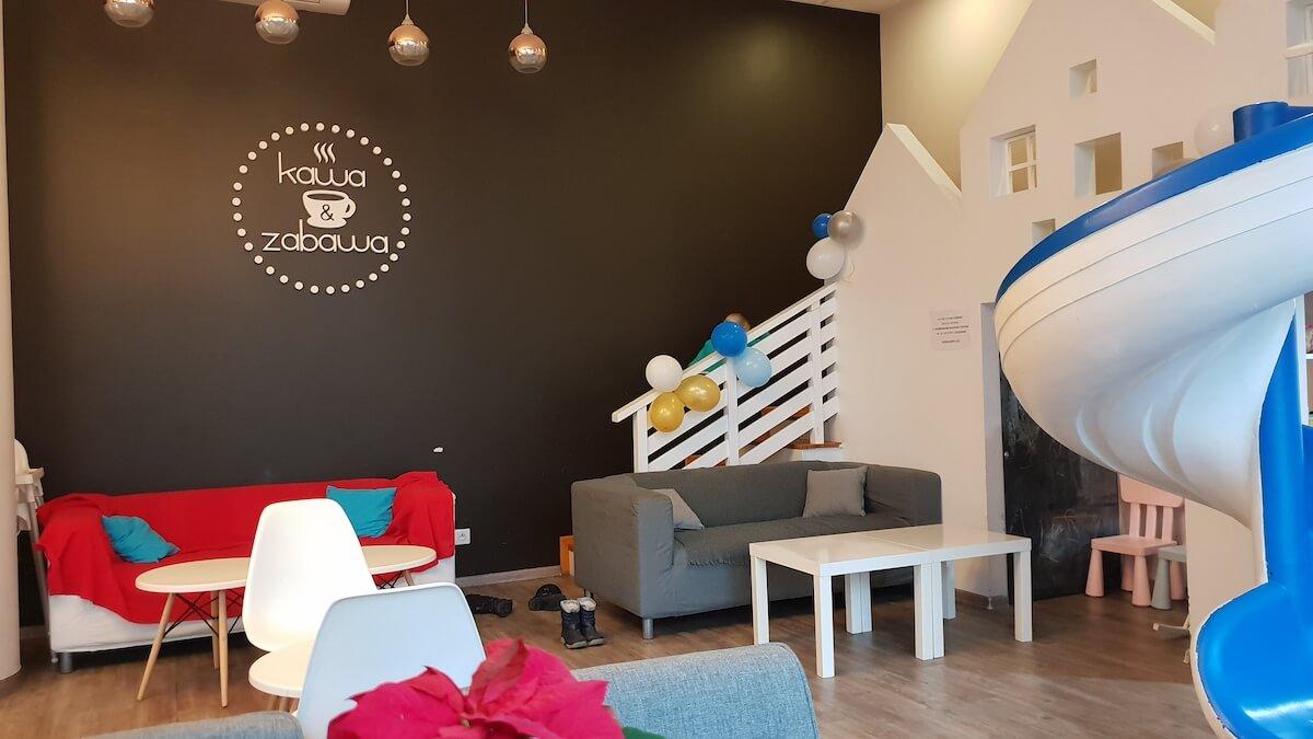 Kawa i zabawa - kawiarnia przyjazna dzieciom warszawa - warszawa z dzieckiem - Rodzinny Kompas 4